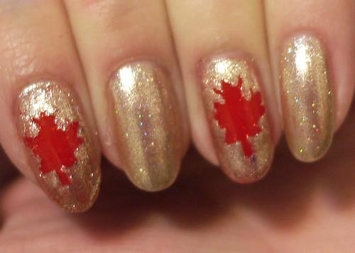 Tessa's Canadian Fan-icure