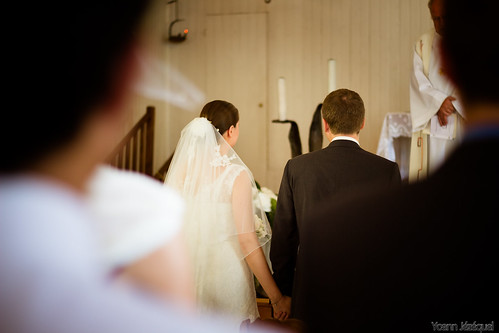 love wedding by Zeeyolq Photography