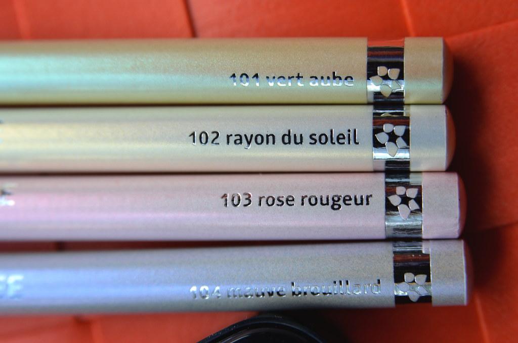 nouveau-nee  crayon lumiere