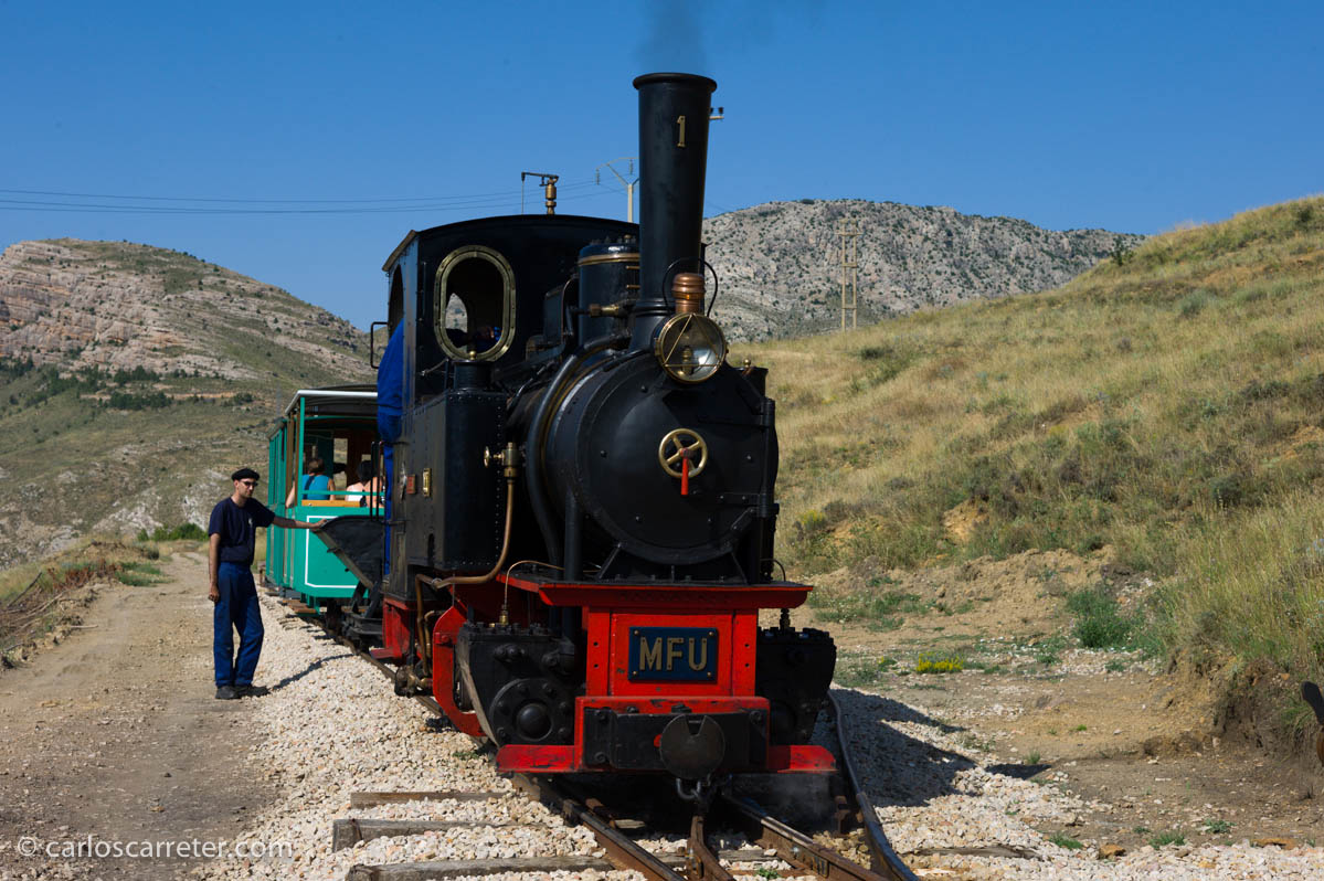 """Locomotora de vapor """"Hulla"""""""