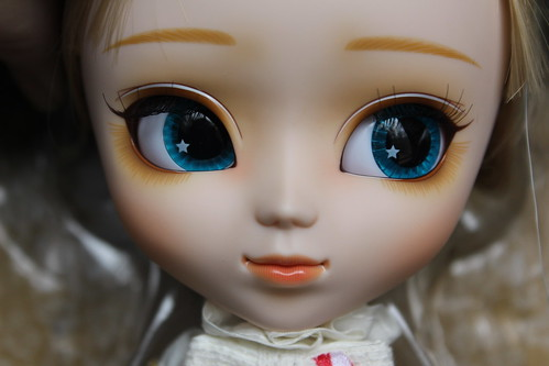 Canele Face Up
