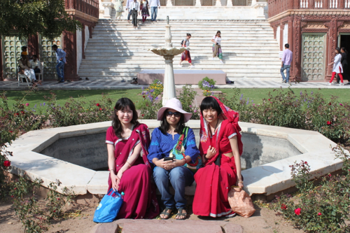 IMG_2281-foreign-visitors