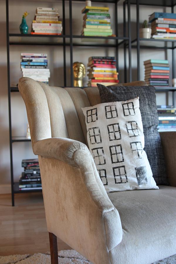 Sunday Morning Sugar :: Living Room
