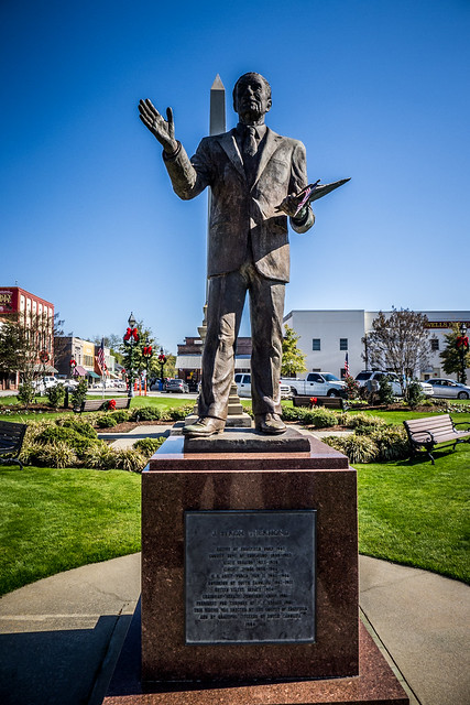 Strom Thurmond Statue