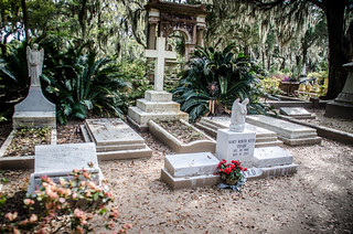 Johnny Mercer Grave-001