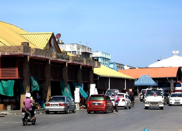 Sarikei market