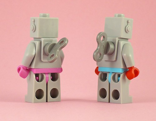 71002 LEGO Minifigures Series 11 16 Lady Robot 02