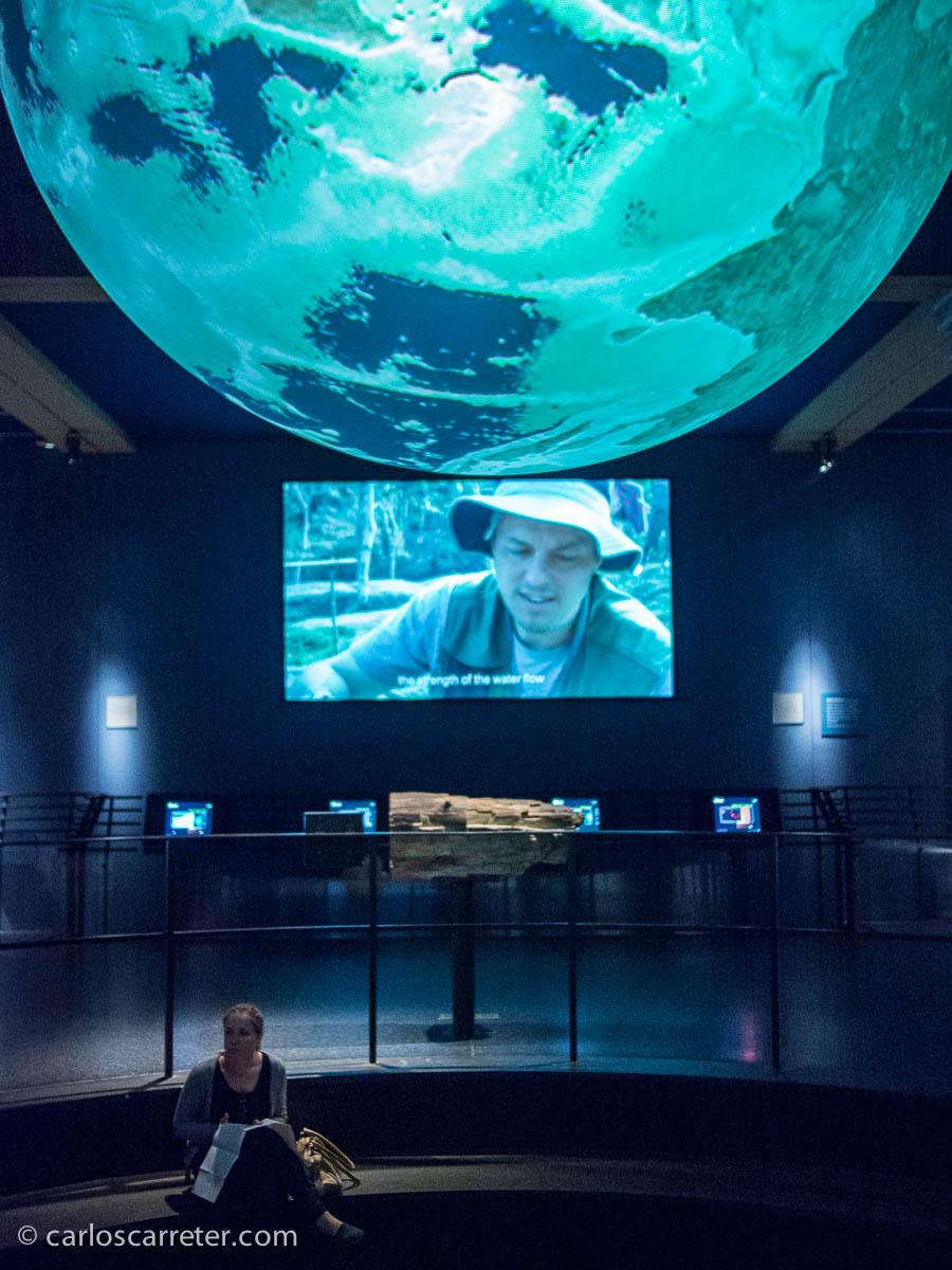 Sección de astronomía y estudios de la Tierra en el Museo de Historia Natural