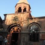 15-Yerevan. Iglesia Zoravar