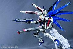 Metal Build Freedom Gundam Prism Coating Ver. Review Tamashii Nation 2012 (90)