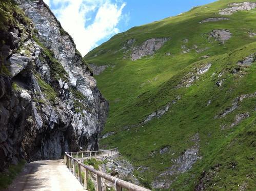 Blick zurück, Abstieg Richtung Tal