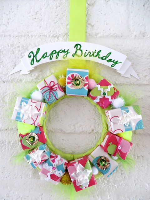 Happy Birthday wreath, green