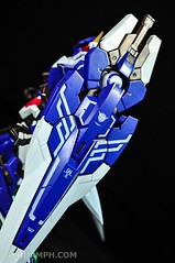 Metal Build 00 Gundam 7 Sword and MB 0 Raiser Review Unboxing (57)