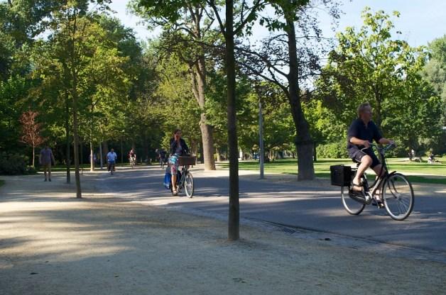 Amsterdam IMAGE1_sml