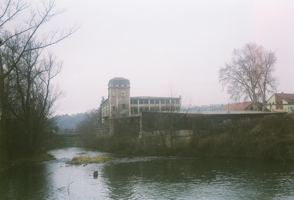 Agfa Billy Record 7.7 - Abandoned Textile Factory 1