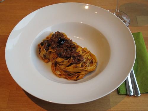 Bandnudeln mit vegetarischer Bolognese