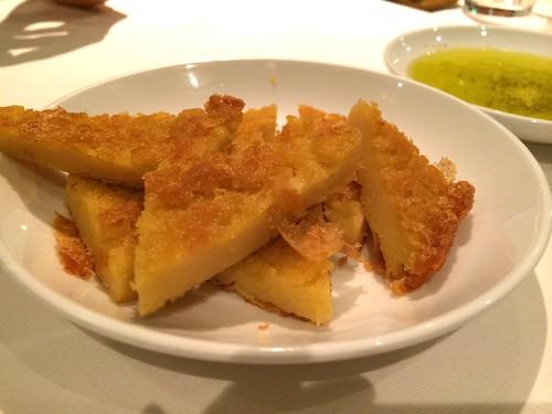 ファリナータ(ひよこ豆の粉のパン)@オステリア・トット