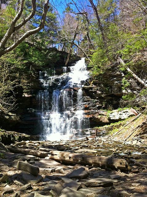 Ganoga Falls (94').