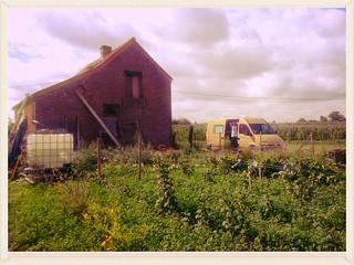 Le camion jaune à la Tournichette ! :)