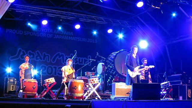 Joji Hirota London taiko Drummers with HOTEI