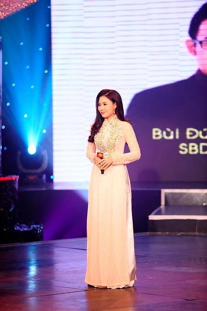 Phan Thị Tú Trinh - ngôi vị Én bạc chung cuộc Người dẫn chương trình 2013
