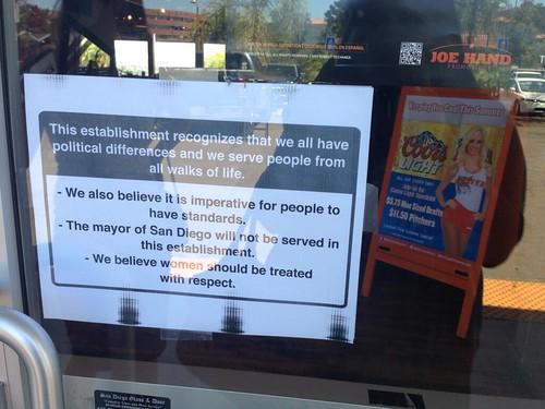 Hooters Restaurants in San Diego Won't Serve Bob Filner