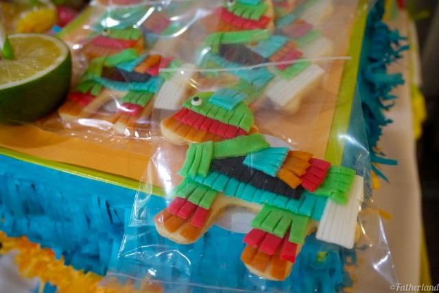 dessert pinata cookies