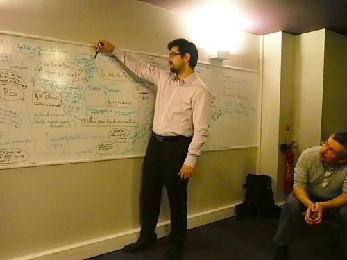 Arnaud mène les débats (3)