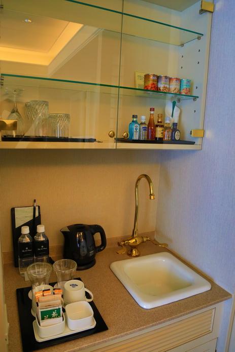 再訪東京新大谷飯店 家庭連通房 最強的早餐SATSUKI 草莓季 茶道體驗 | 林氏璧和美狐團三狐的小天地
