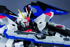 Metal Build Freedom Gundam Prism Coating Ver. Review Tamashii Nation 2012 (54)