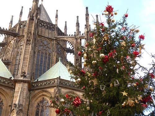 Árbol de Navidad en la Catedral de Praga