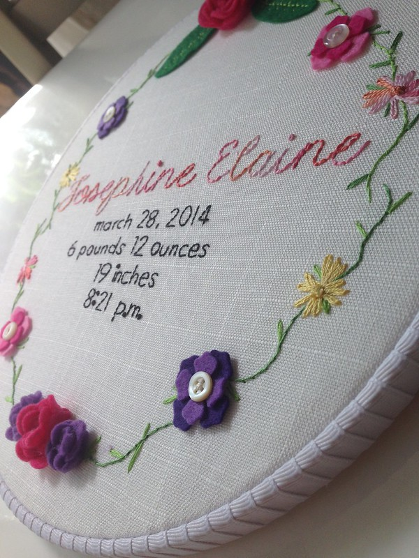 Birth announcement: flowers and vines