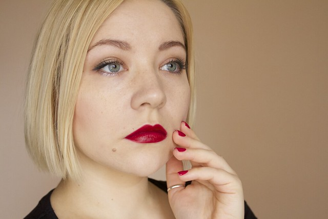 24 YSL Rouge Pur Couture #2 Rouge Pourpre lipstick swatches makeup + Morgan Taylor Man Of The Moment nail polish