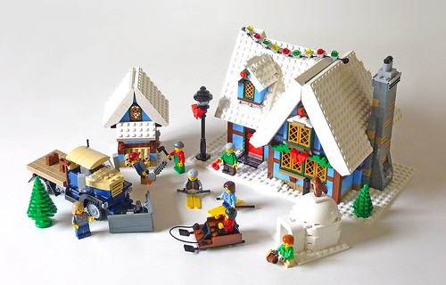 LEGO 10229 Winter Village Cottage c01