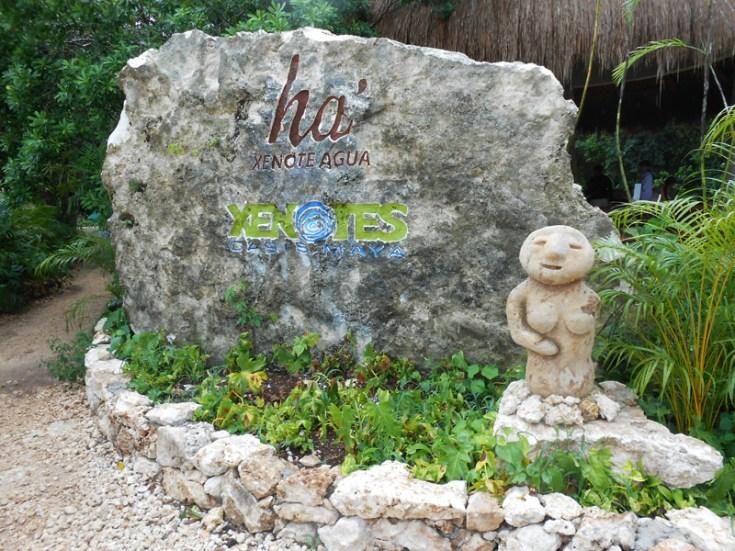 Cenote Ha' (agua)
