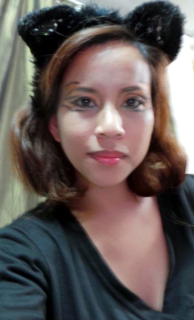 tiger eyes makeup look