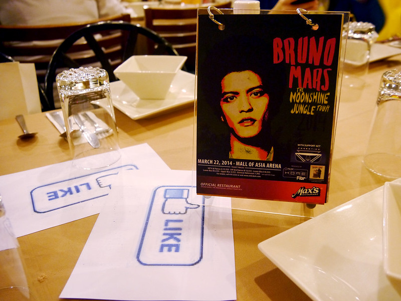 Max's and Bruno Mars 2014-0225 001
