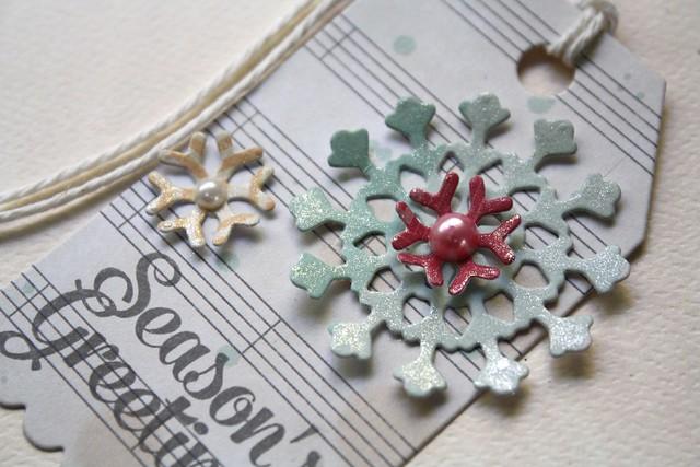 Paper Smooches~Snowflake Dies