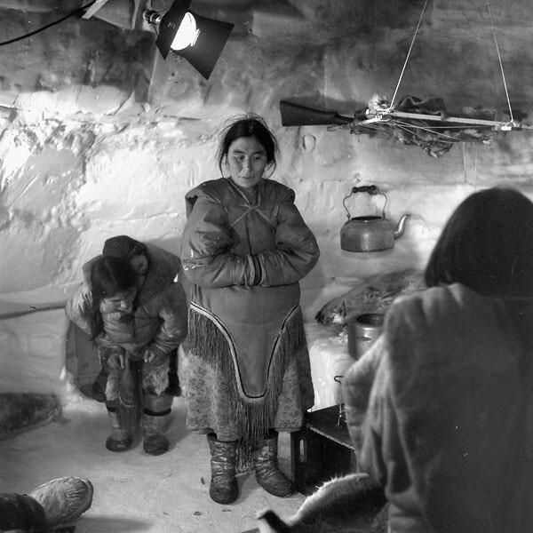 Inuit actors inside National Film Board of Canada igloo studio at Chesterfield Inlet, North West Territories [Nunavut], 1951 / Actrices inuites dans un igloo qui sert de studio à l'Office national du film. Chesterfield Inlet, Territoires du Nord Ouest [Nu