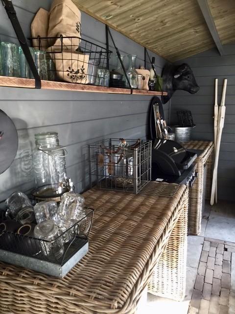 Buitenkeuken landelijke stijl