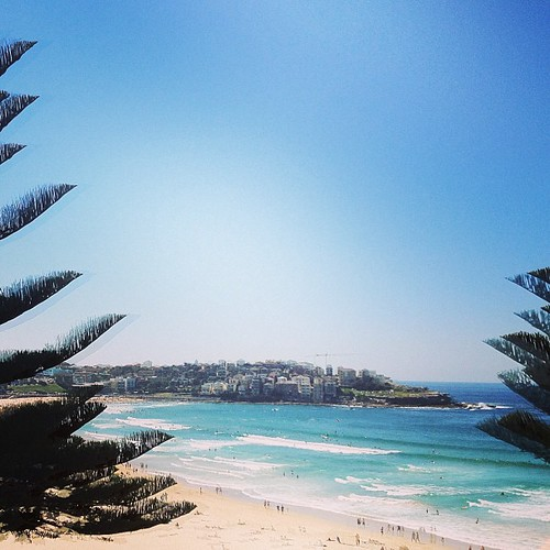 Bondi Beach #australia by @MySoDotCom