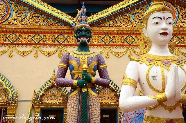 thai buddhist temple penang by docgelo