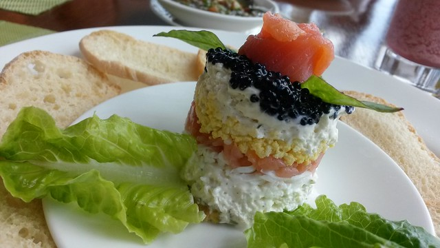 Salmon & caviar pie