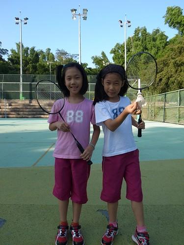 【暑假作業】我要破記錄:和姐妹打羽球連續20下(8.11~9.1ys)