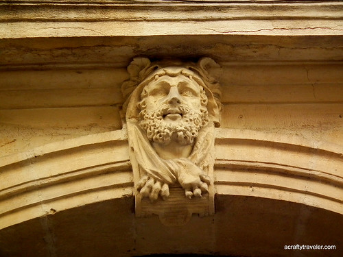 Montpellier door frame