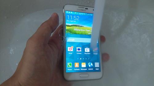 Samsung Galaxy S5 กันน้ำในระดับมาตรฐาน IP67