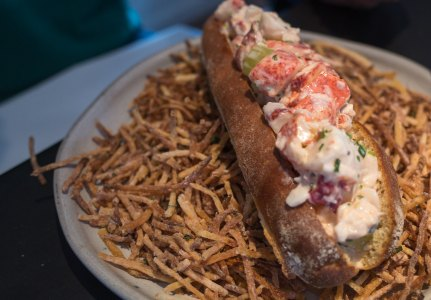 Provisons - Lobster Roll