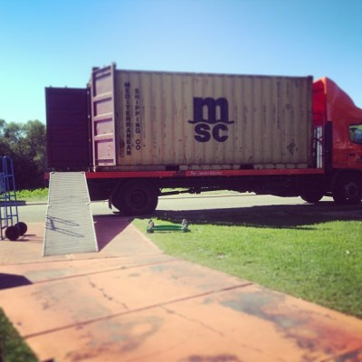 And the move is oh-on.... Couldn't have asked for a better day for it. #movinghouse #twominutesinthesun #timeforasitdown