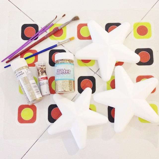 star-making. #HolidayCrafts