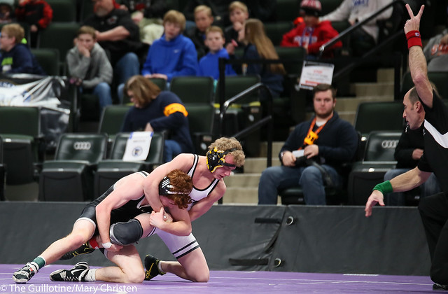 126AA - 3rd Place Match - Brock Luthens (Hutchinson) 43-5 won by major decision over Quinn Youngs (Annand M Lk Lightning) 37-9 (MD 11-1)